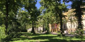 Die Dorfaue von Alt Schöneberg zwischen Dominicusstraße und Eisenacher Straße - Ein Rundgang mit Sigrid Masuch @ Treffpunkt