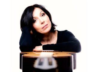 Sabine Oehring, Gitarre (Spätsünder-Meisterkonzert) Clair de Lune - Nachtstücke für Gitarre @ Saitenflügel - Konzertsaal L12 im Künstlerhof Alt-Lietzow